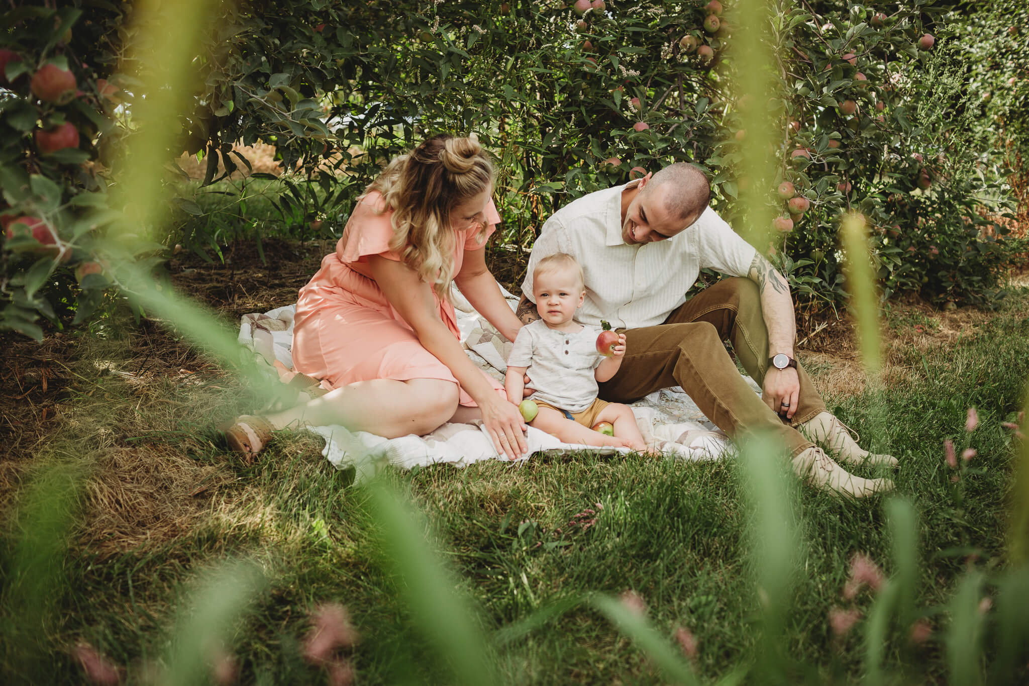 Apple orchard family session